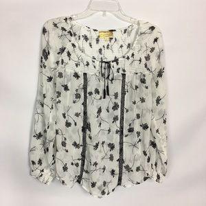 Princess Vera Wang White Shirt with Black Flower
